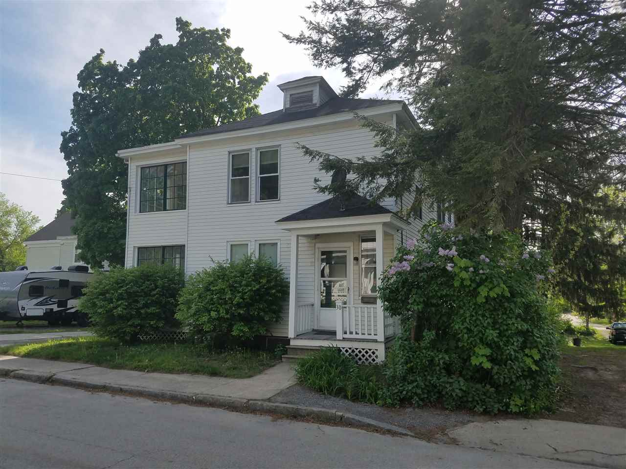 NASHUA NHDuplex for rent $Duplex For Lease: $1,150 with Lease Term