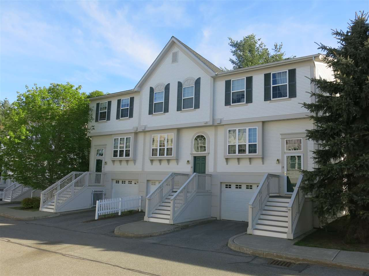 HARTFORD VT Condo for sale $$215,000 | $129 per sq.ft.