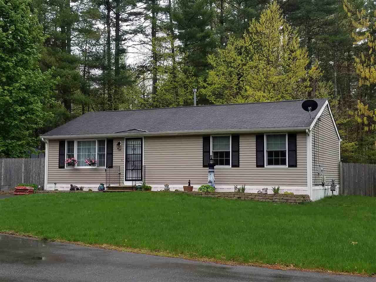 Nashua NHHome for sale $List Price is $133,000