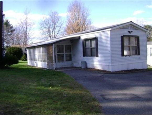 CHARLESTOWN NHHome for sale $$17,900 | $19 per sq.ft.
