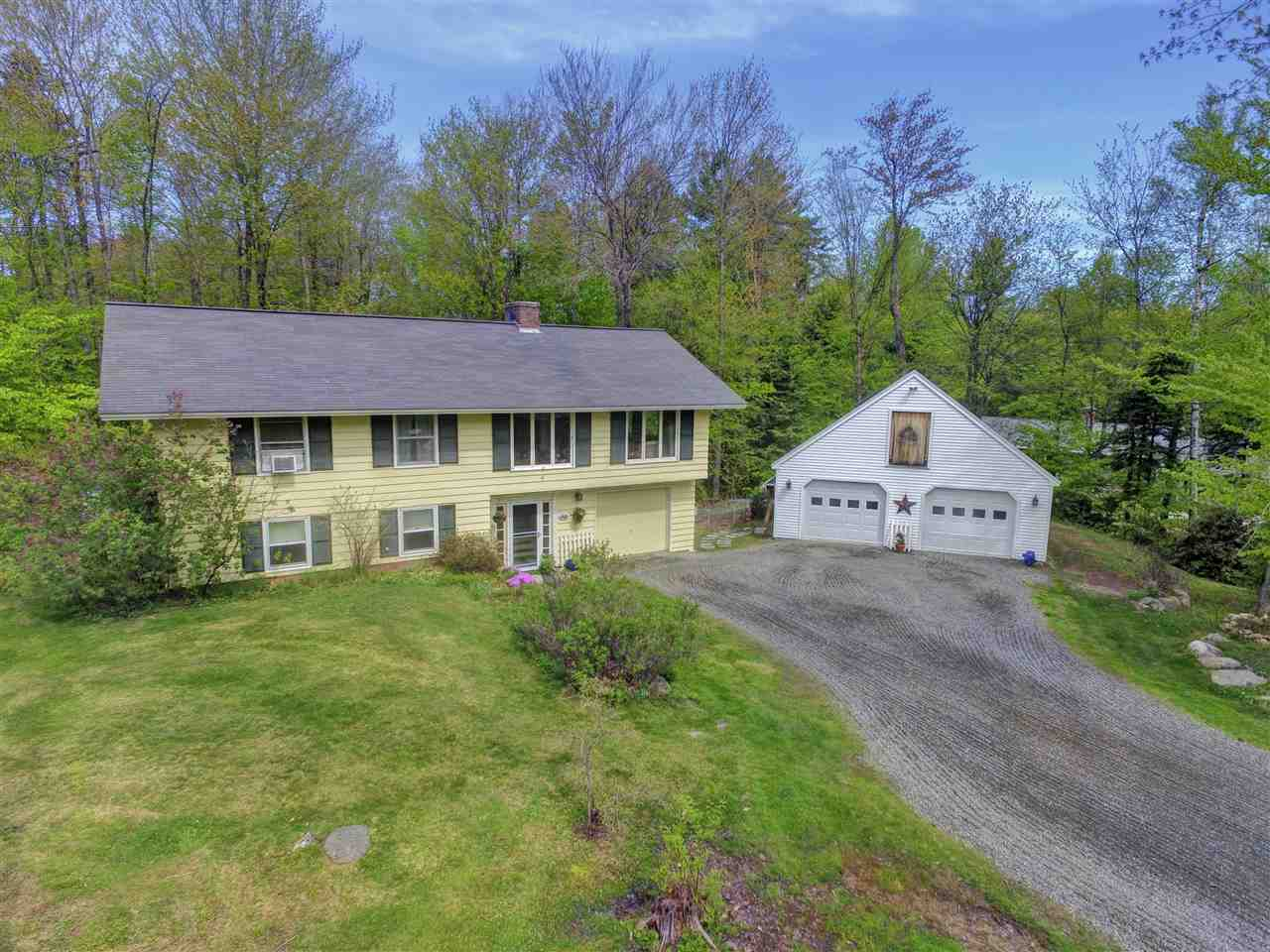 NEW LONDON NH Home for sale $$325,000 | $260 per sq.ft.