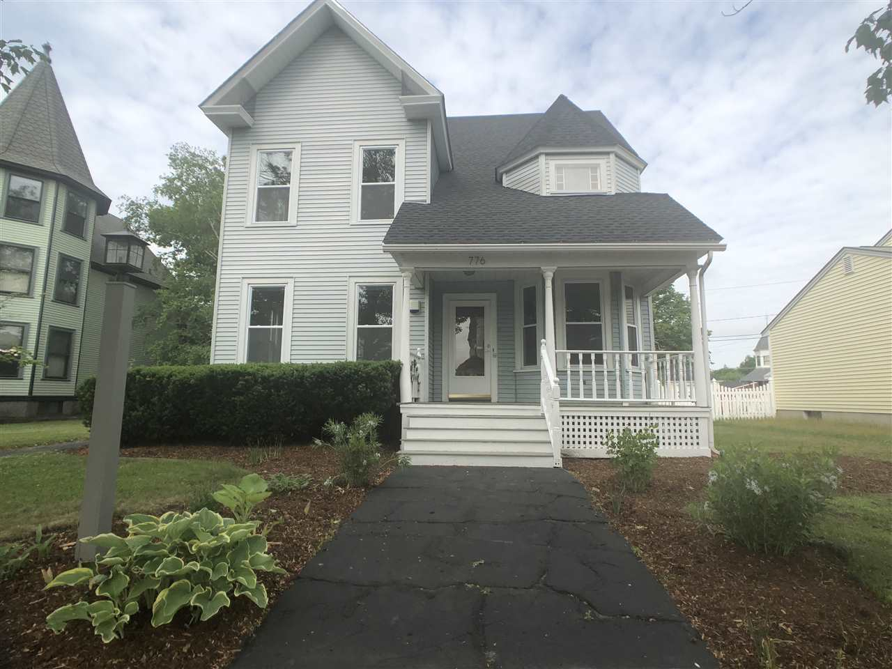 MANCHESTER NH Home for sale $$299,900 | $123 per sq.ft.