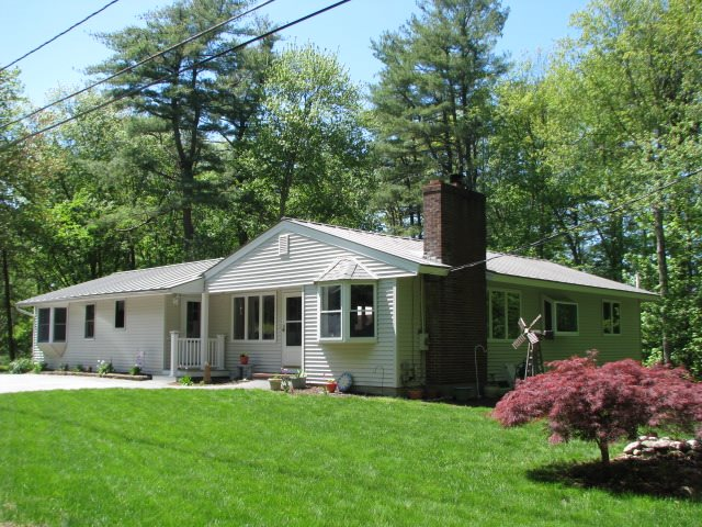 Bow NH Home for sale $List Price is $289,500