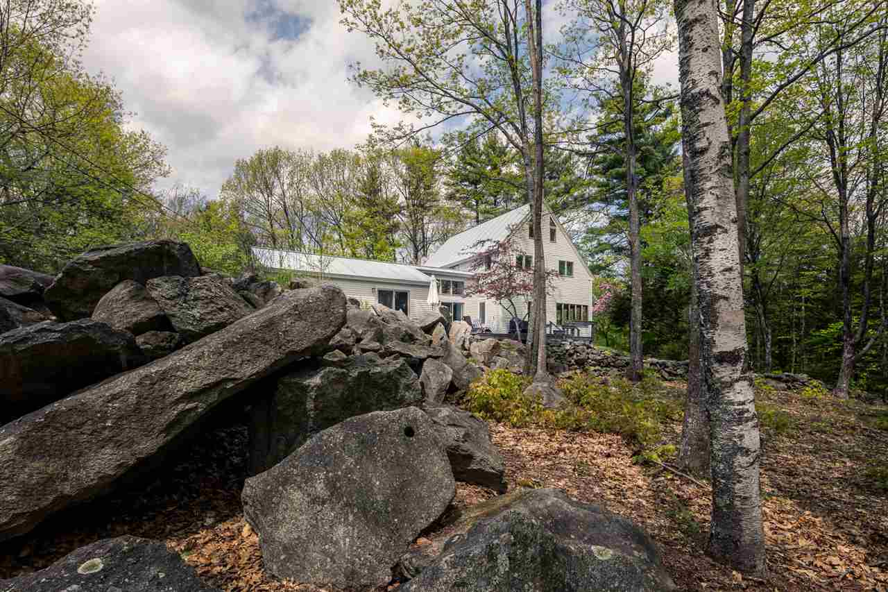 LYME NH Home for sale $$585,000 | $179 per sq.ft.