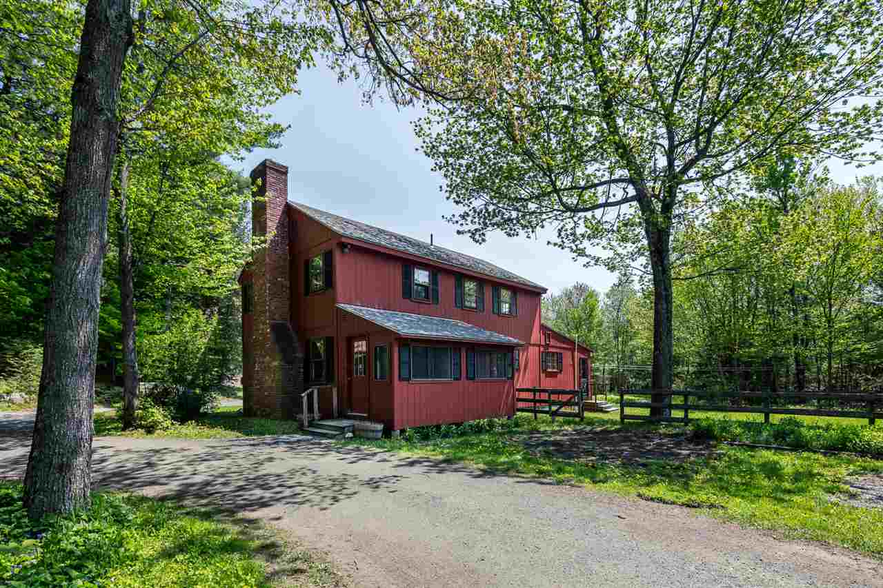 NEW LONDON NH Home for sale $$323,000 | $163 per sq.ft.