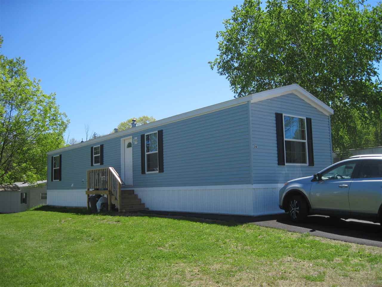 Derry NH Mobile-Manufacured Home for sale $List Price is $87,000