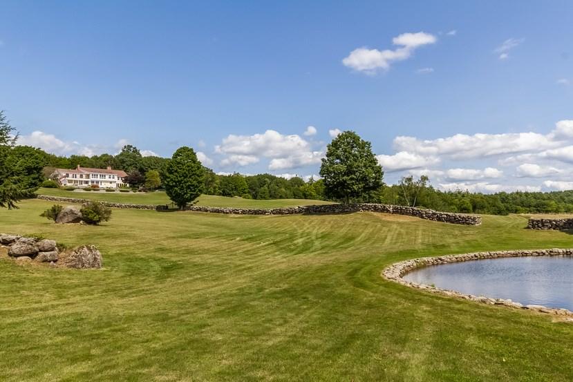 Hillsborough NHHorse Farm | Property  on Lionsgate Pond