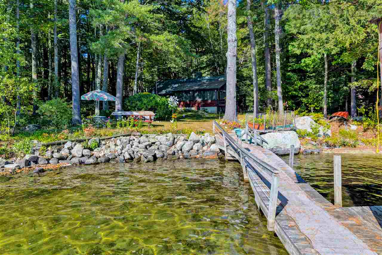 SUNAPEE NH Lake House for sale $$1,895,000 | $833 per sq.ft.
