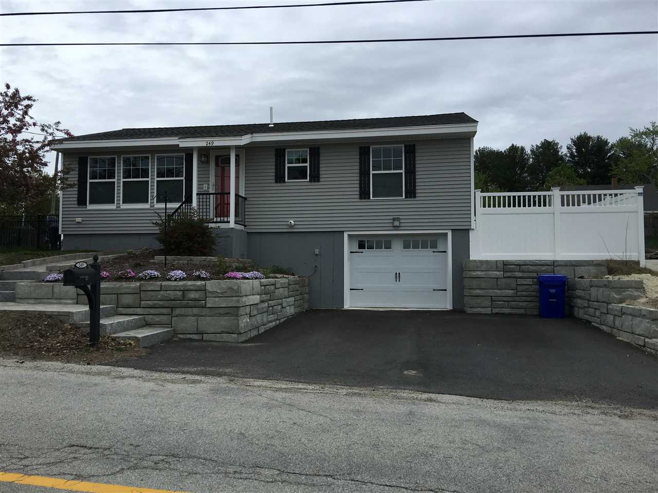 MANCHESTER NH Home for sale $$297,500 | $284 per sq.ft.