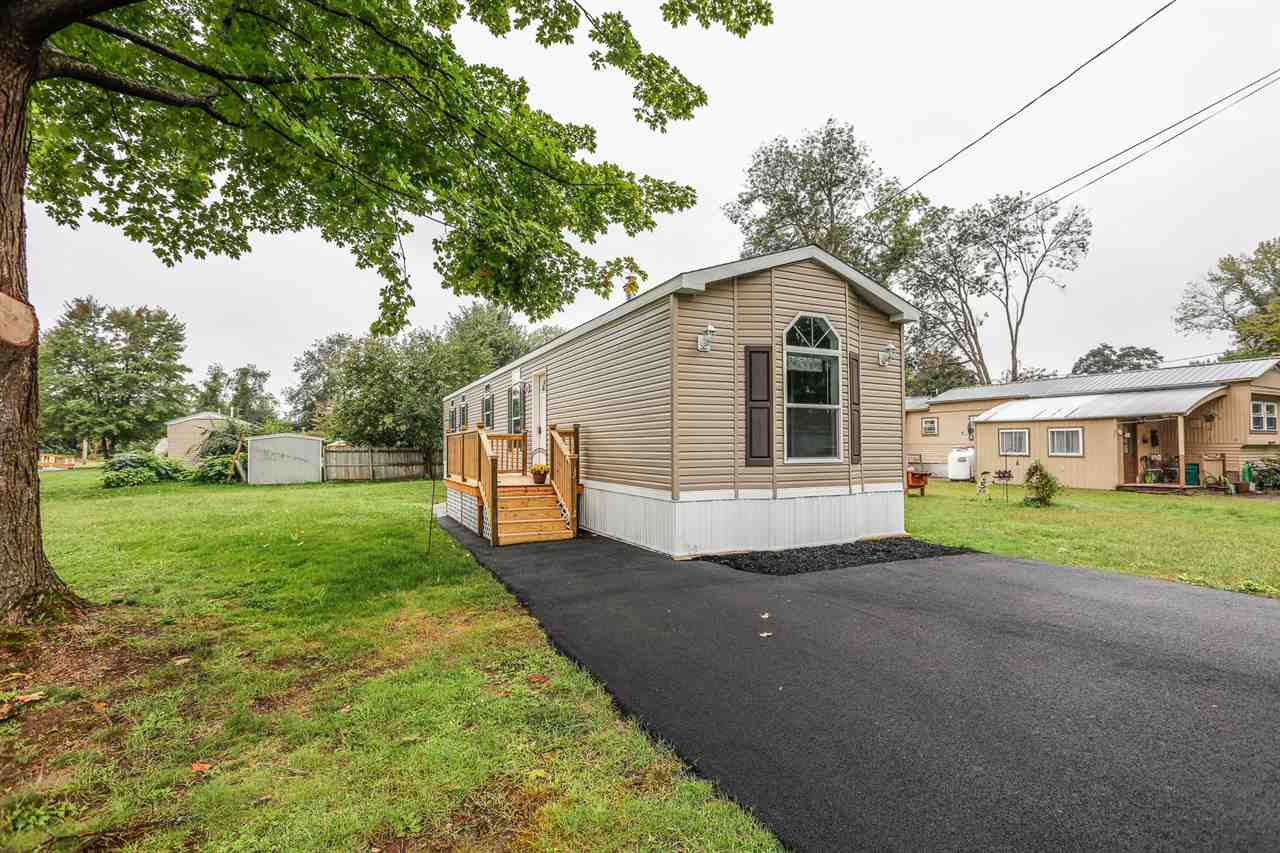 Concord NHMobile-Manufacured Home for sale $List Price is $82,900