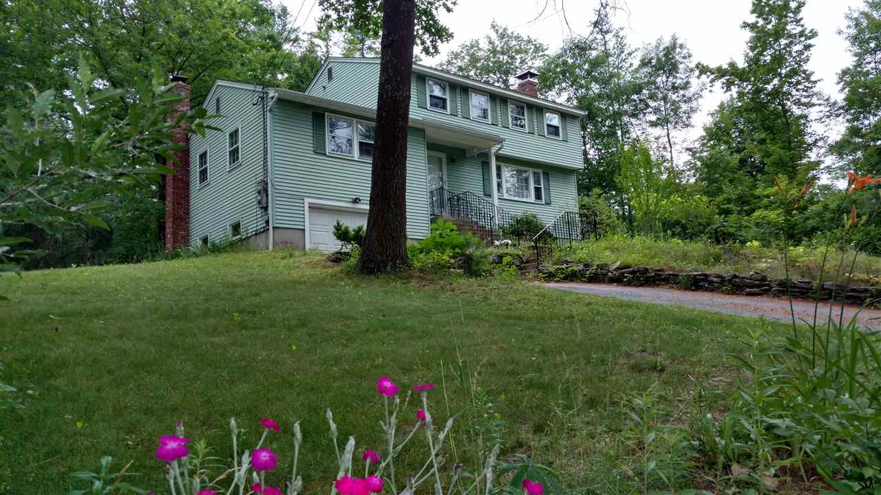 Photo of 71 Chase Road Londonderry NH 03053