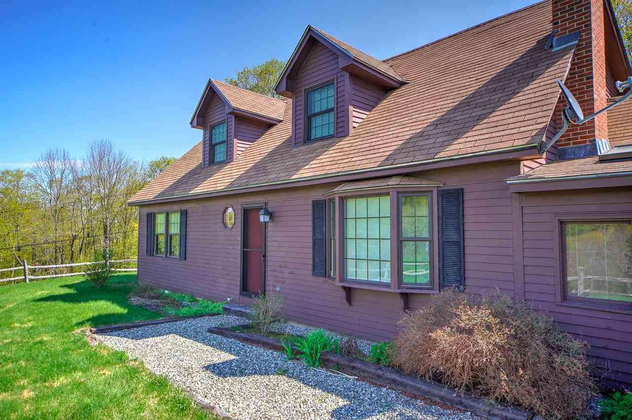 Pomfret VT Home for sale $399,000