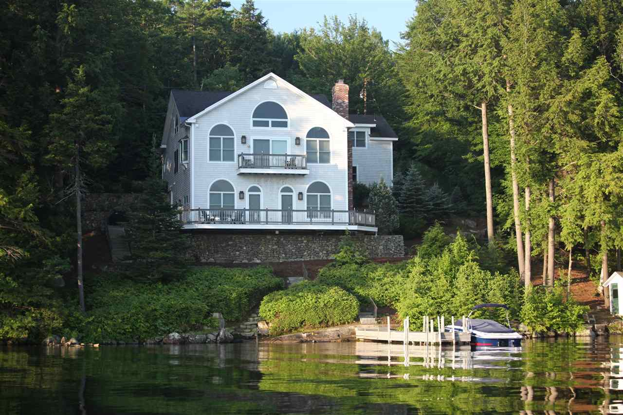 NEWBURY NH Lake House for sale $$2,195,000 | $902 per sq.ft.