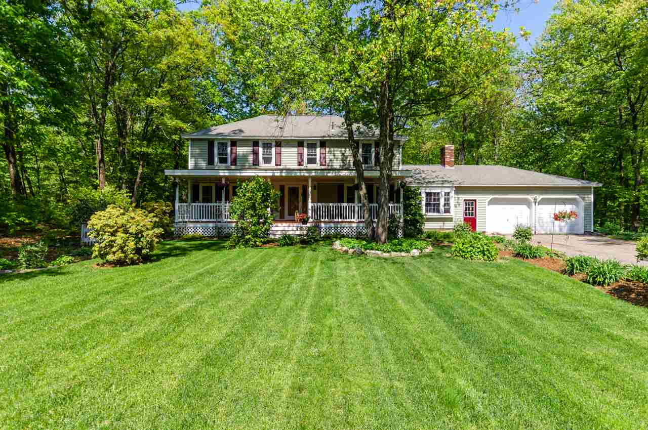 Photo of 12 King Henry Drive Londonderry NH 03053