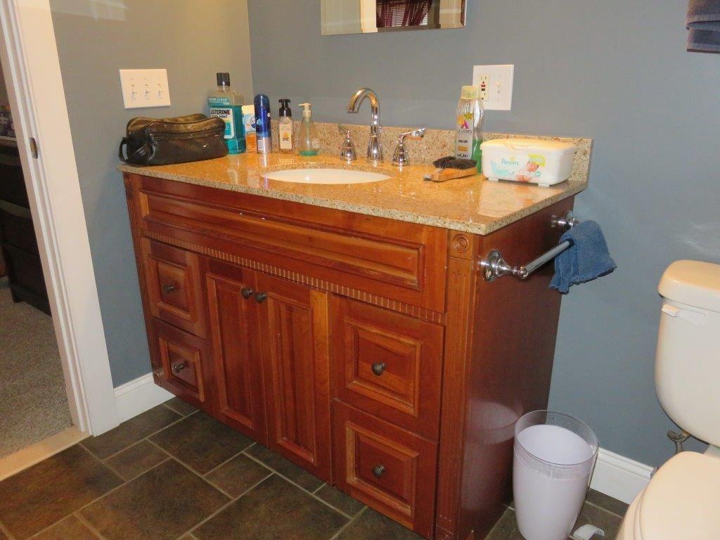 1st Floor Bath 12022449