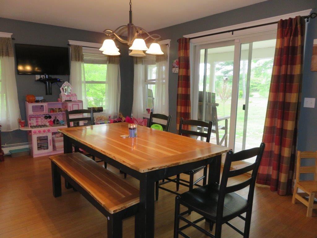 Kitchen/Dining 11966275