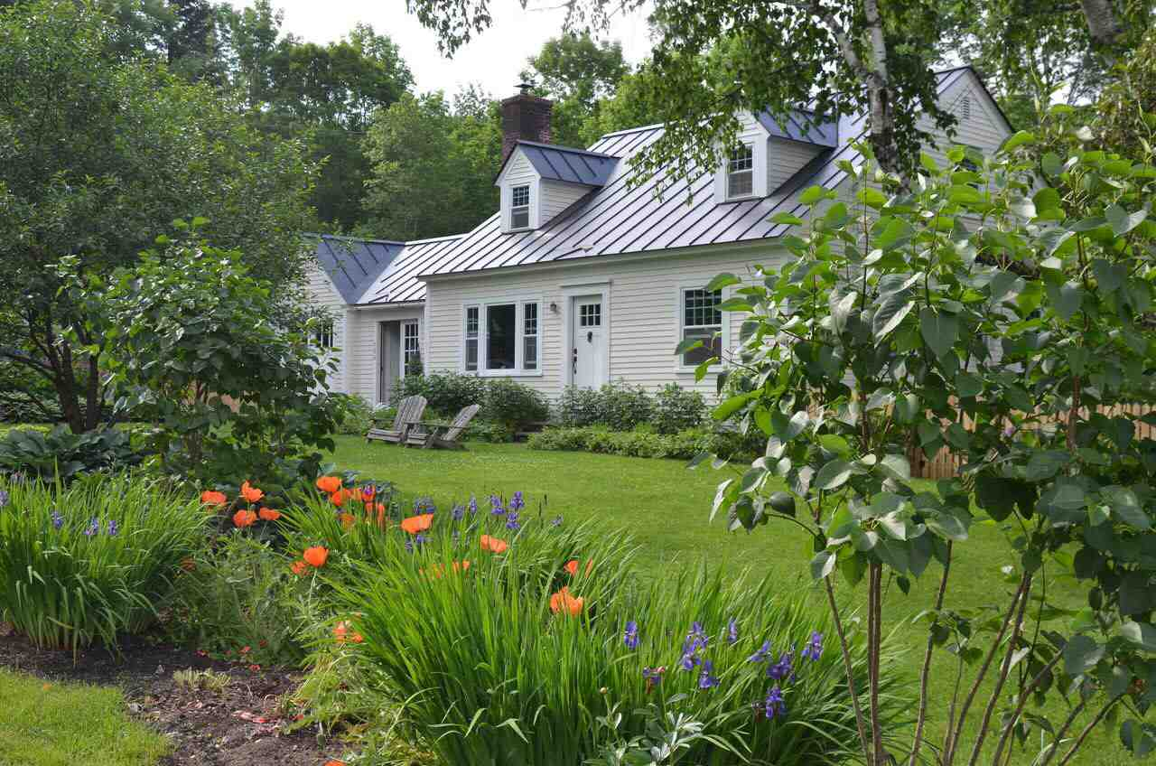 LYME NH Home for sale $$429,000 | $232 per sq.ft.