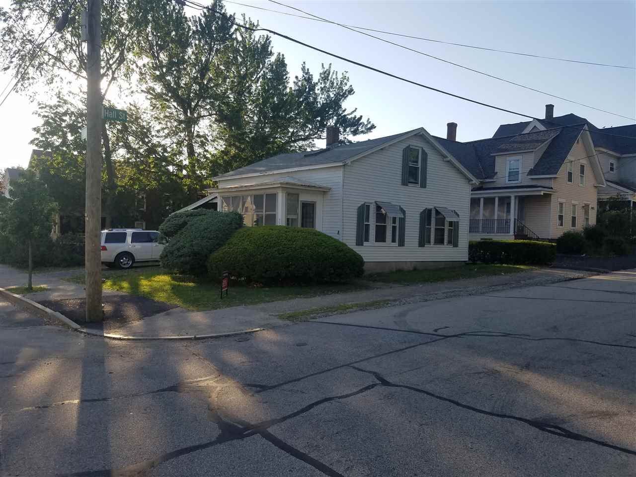 MANCHESTER NH Home for sale $$115,000 | $158 per sq.ft.