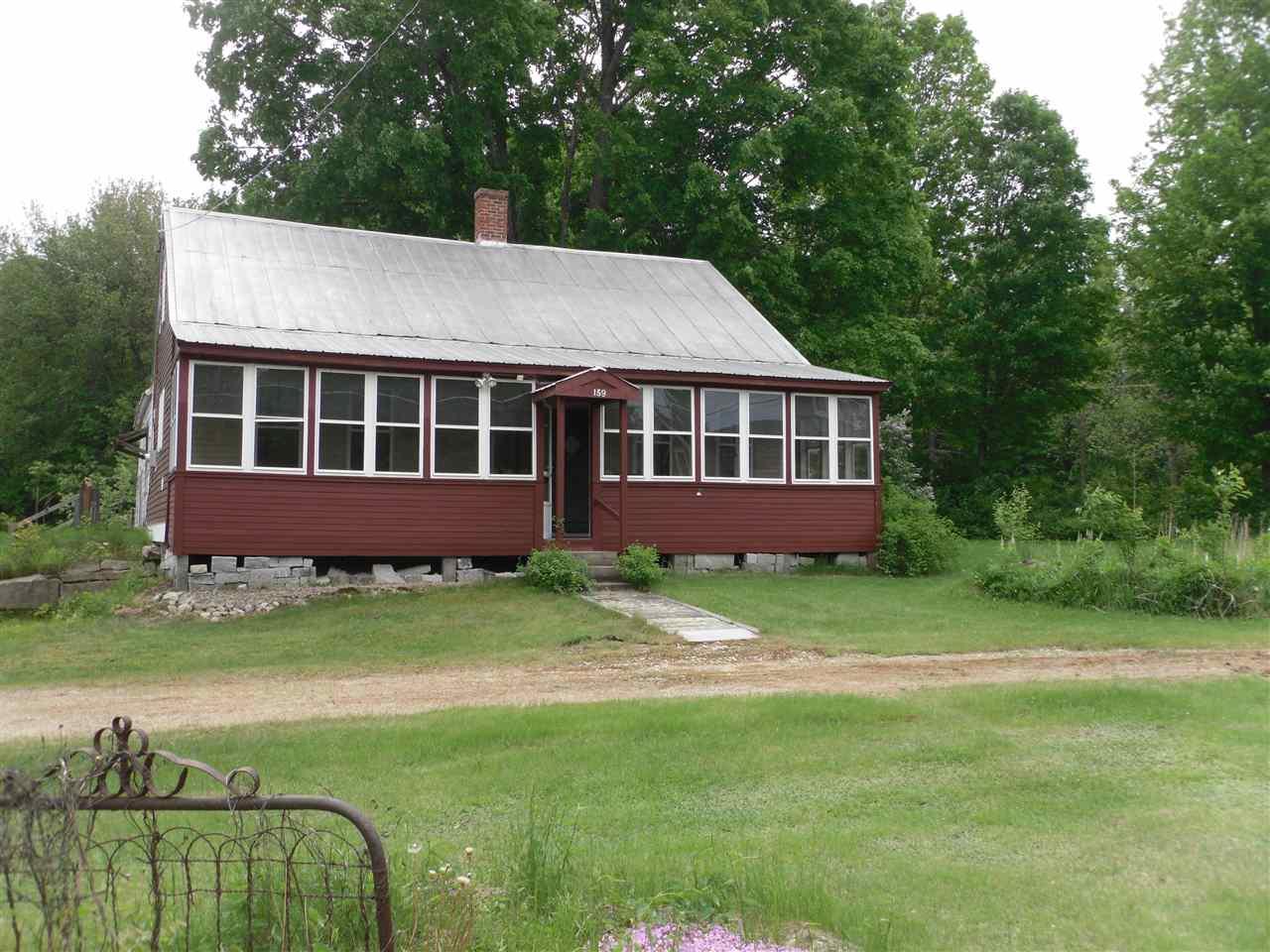 Effingham NH Home for sale $$124,900 $109 per sq.ft.
