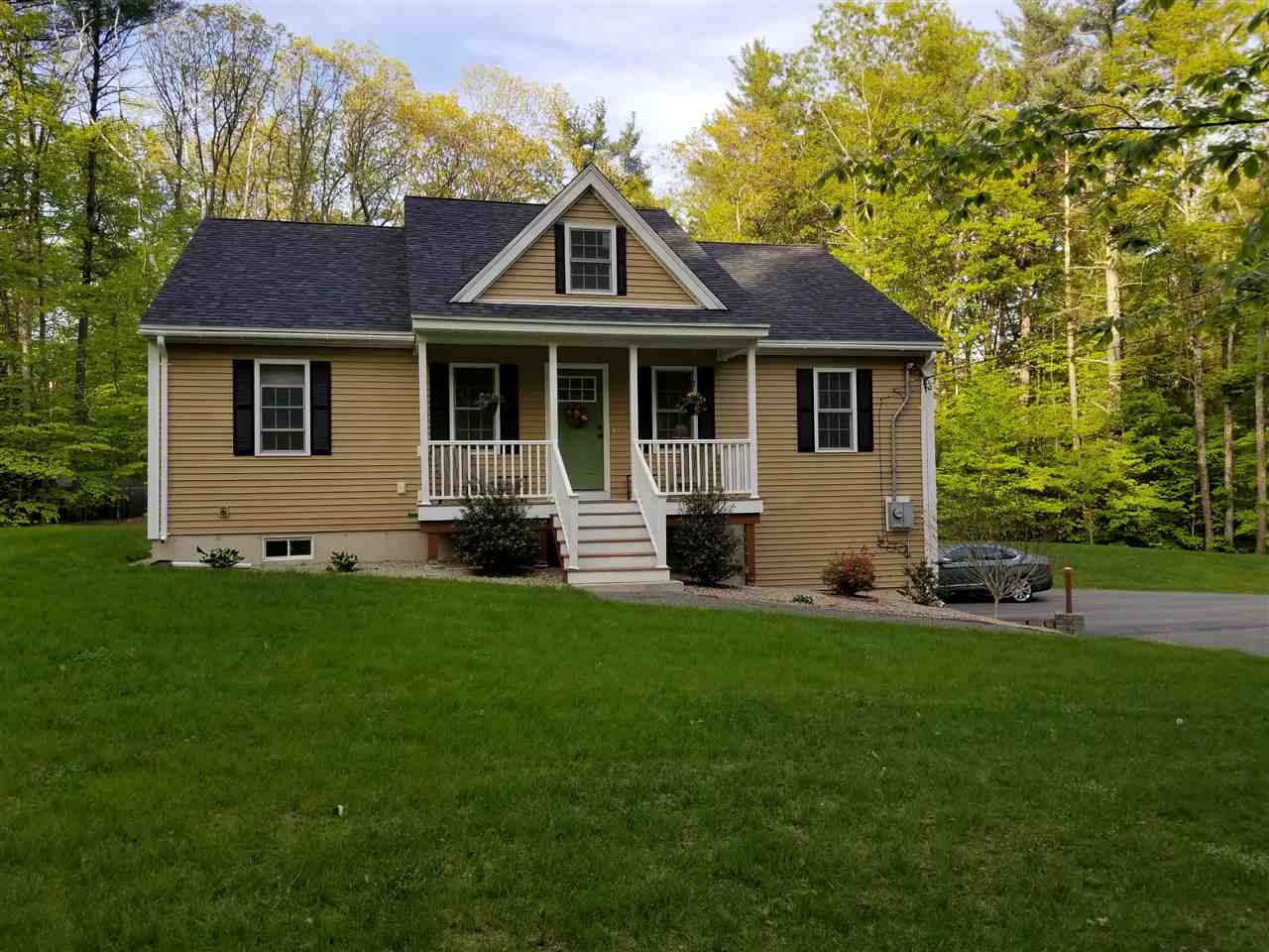 Chester NH Home for sale $List Price is $308,900