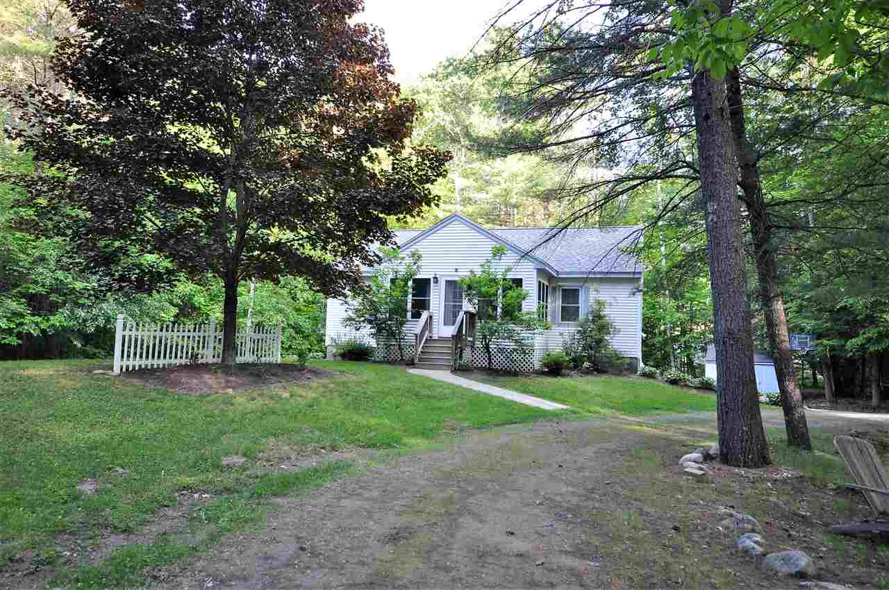 BRIDGEWATER NH Home for sale $$299,900 | $161 per sq.ft.