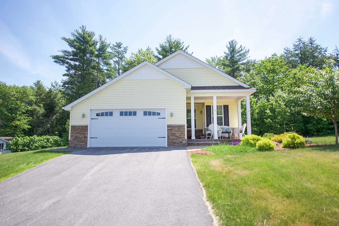 Chester NH Condo for sale $List Price is $299,900