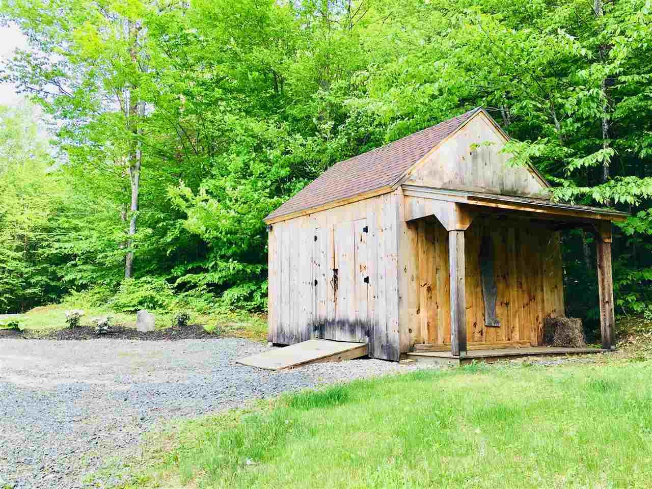 garden shed 12036426