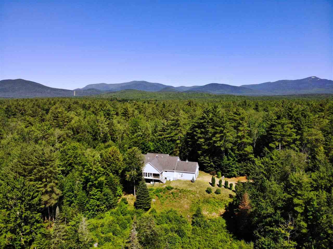 MLS 4697304: 201 Middle Road, Sandwich NH