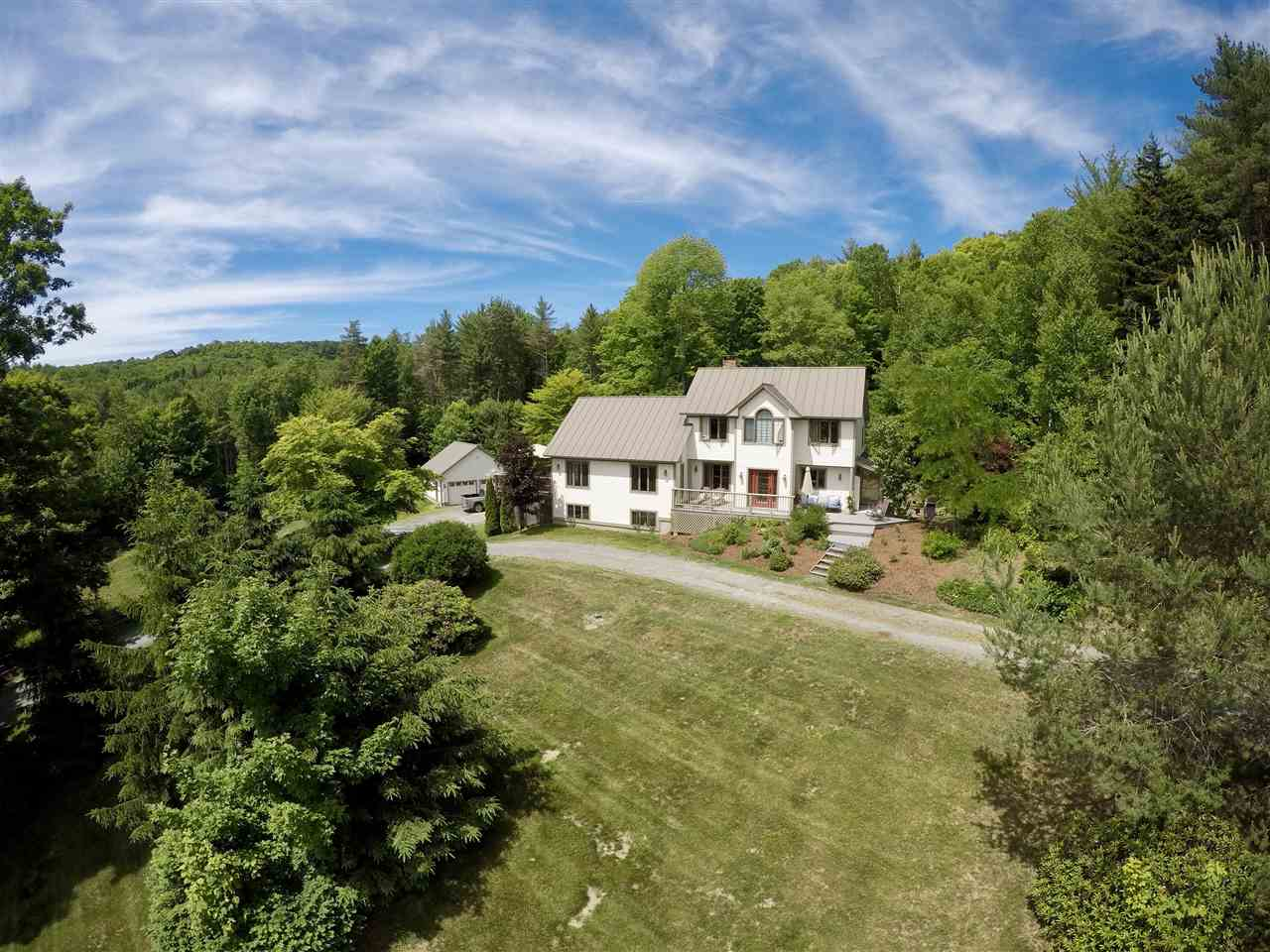 Hartland VT Home or Farm Acres: 10.01     Beds: 3