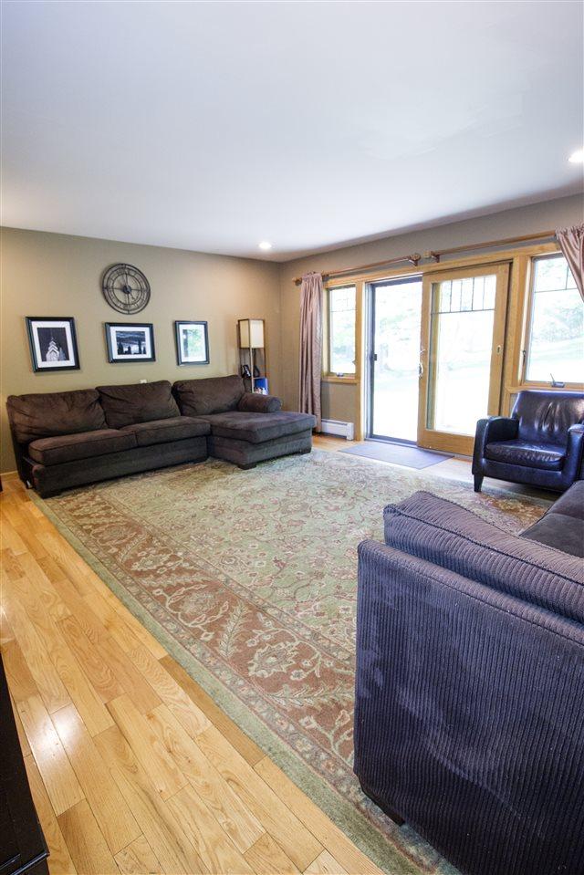 Living Room 12039393