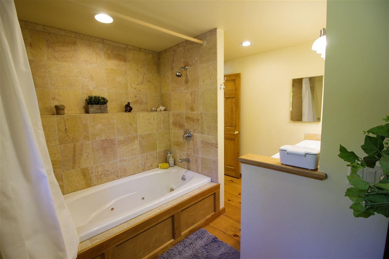 Upstairs Bathroom One 12044186