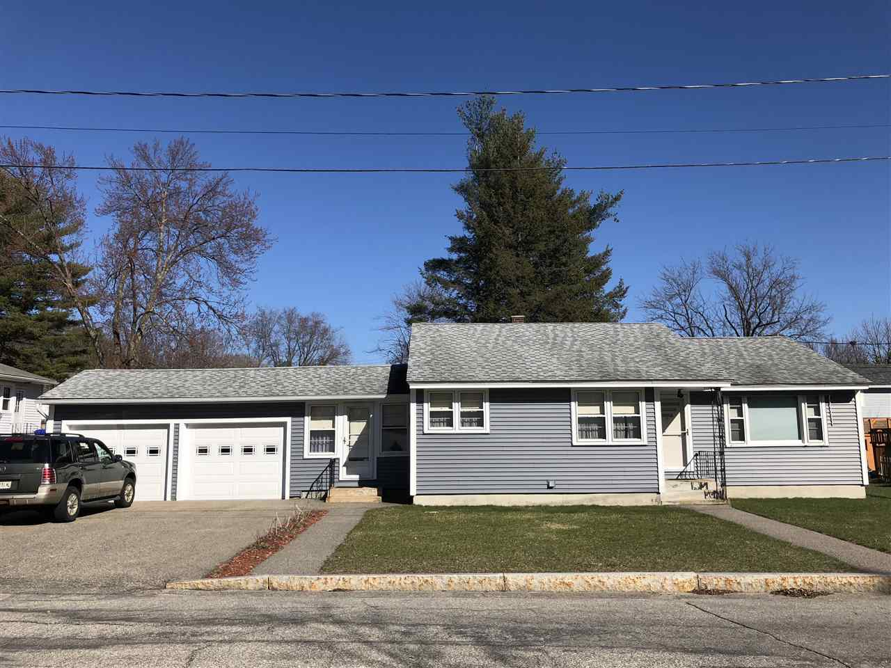 MANCHESTER NH Home for sale $$239,000 | $184 per sq.ft.