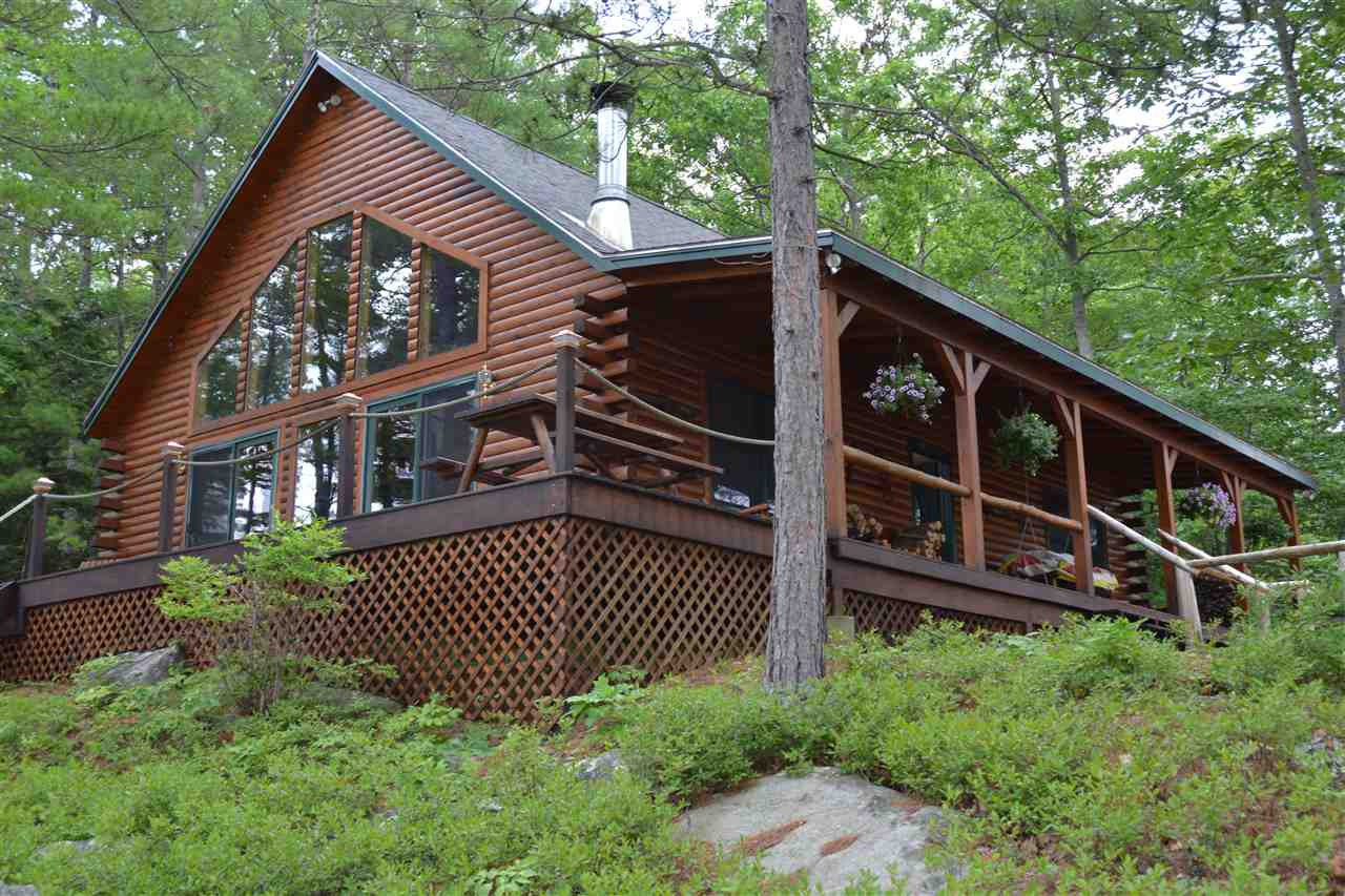 MOULTONBOROUGH NH  Home for sale $775,000