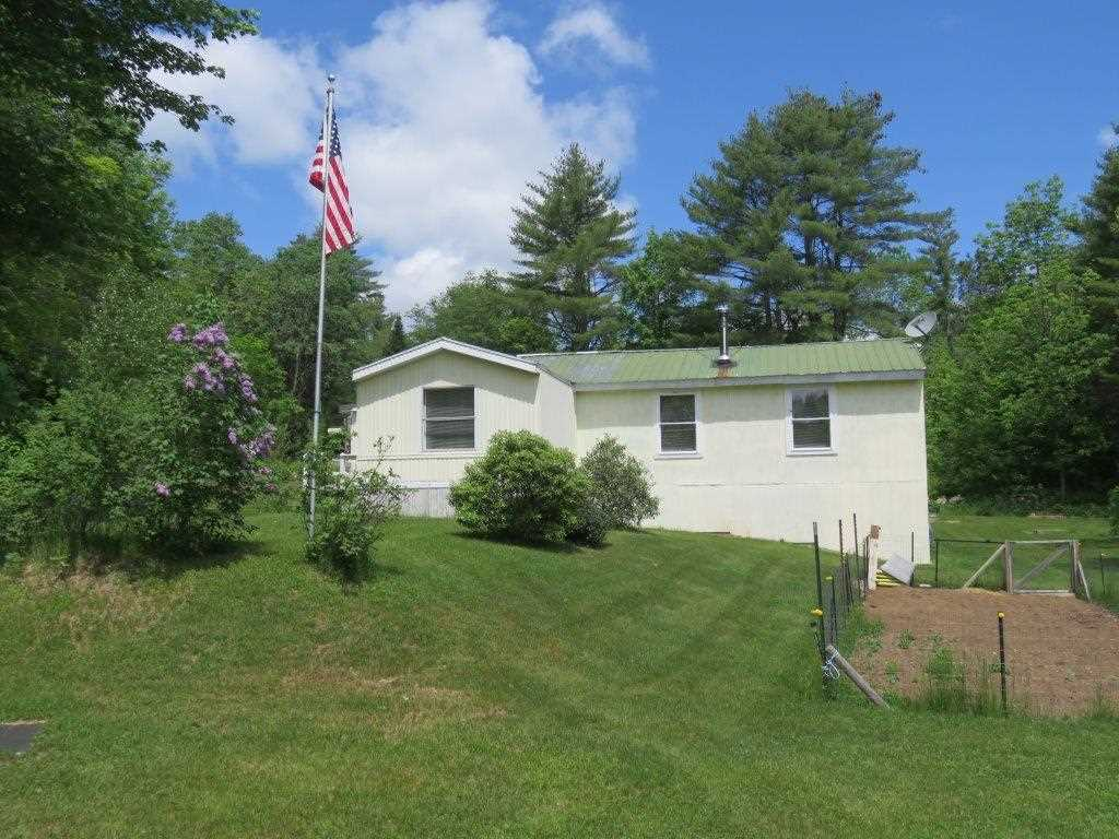 GRAFTON NH Lake House for sale $$129,900 | $103 per sq.ft.