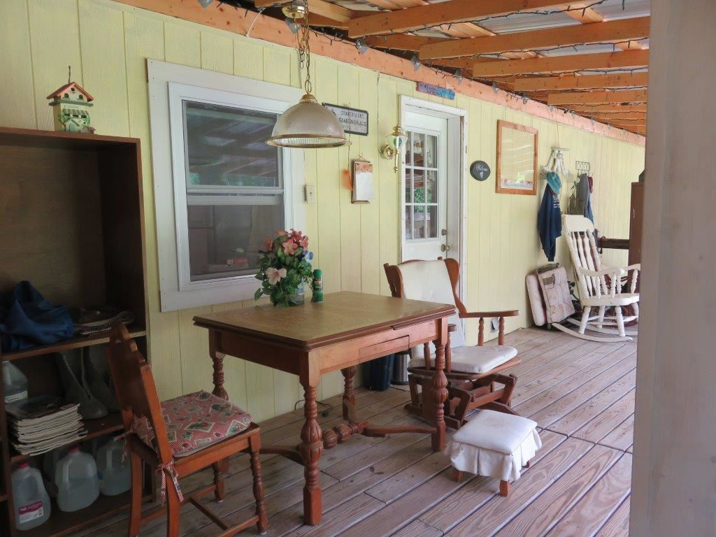 Rear Covered Porch 12054066