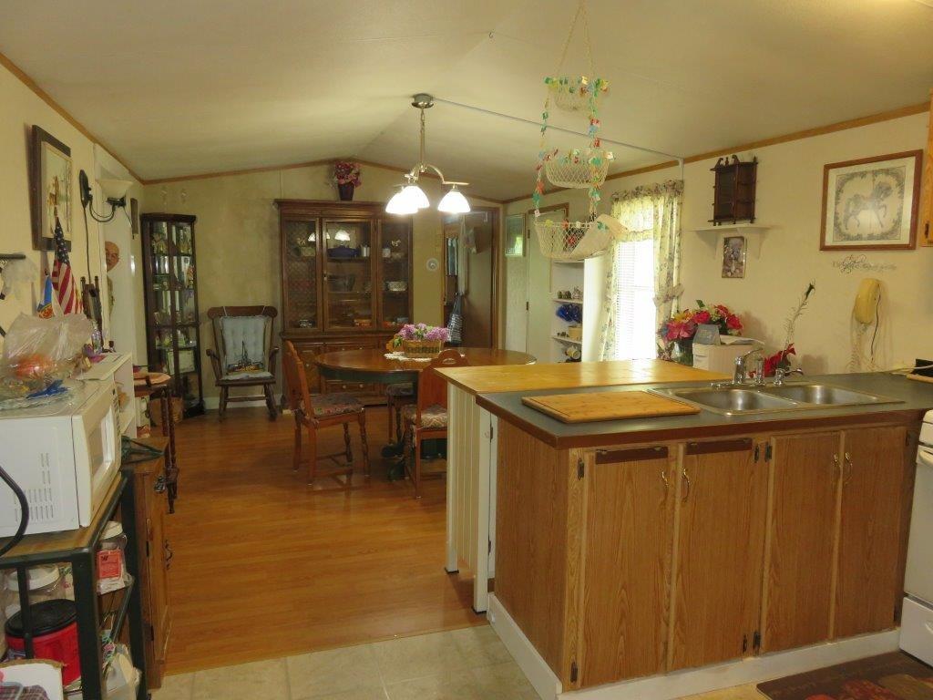 Kitchen/Dining 12054070