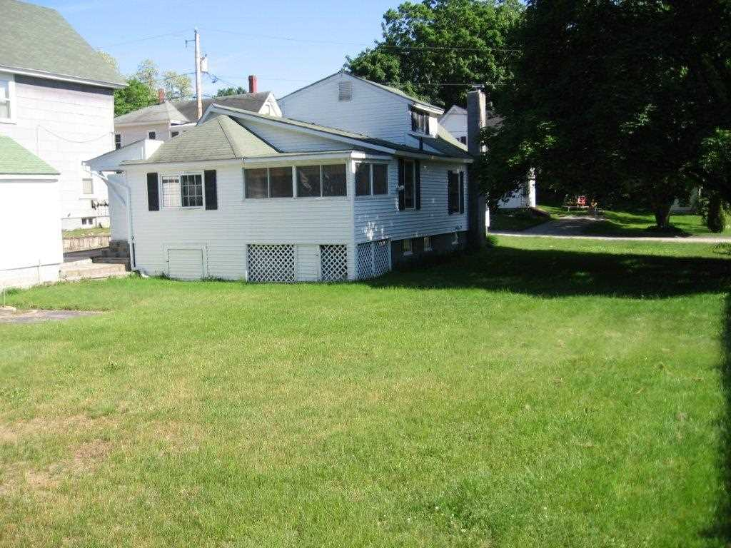 Pembroke NHHome for sale $List Price is $179,000
