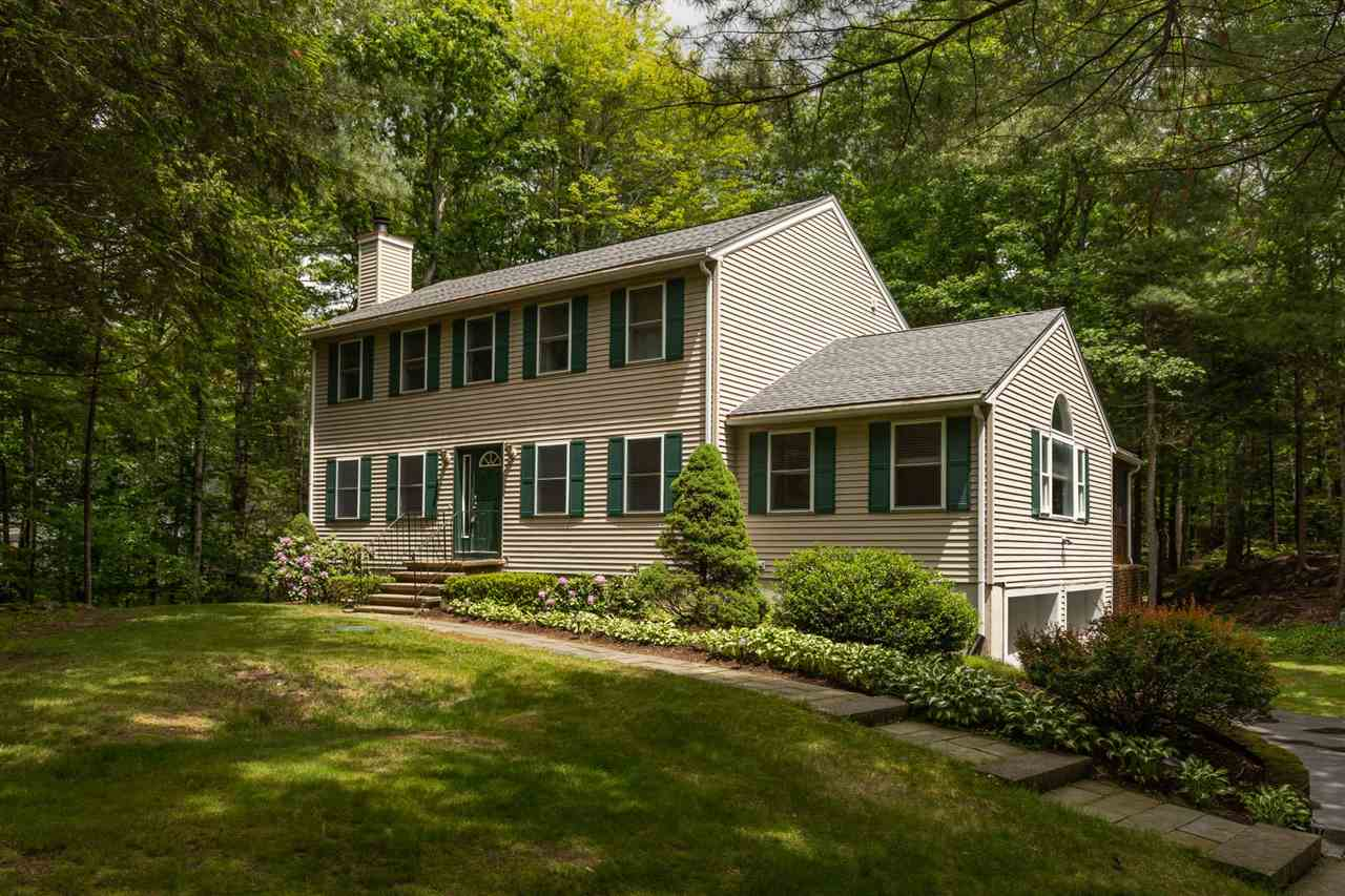 Photo of 6 Cragmere Heights Road Exeter NH 03833