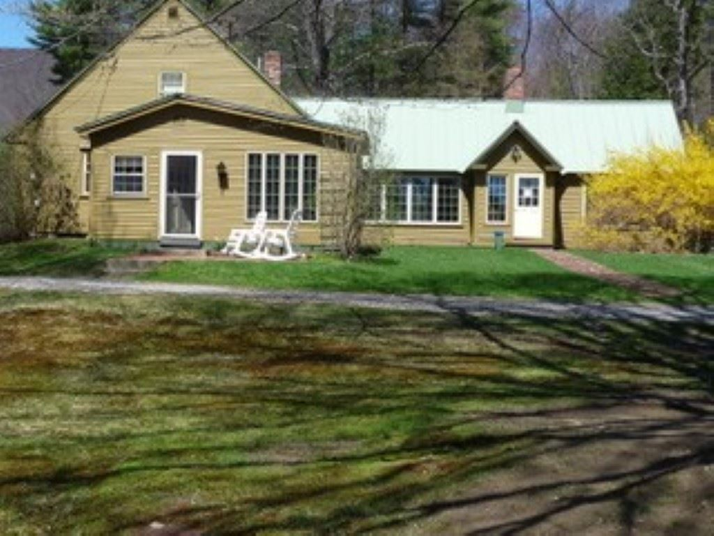 MLS 4698084: 433 Oxbow Road, Hinsdale NH