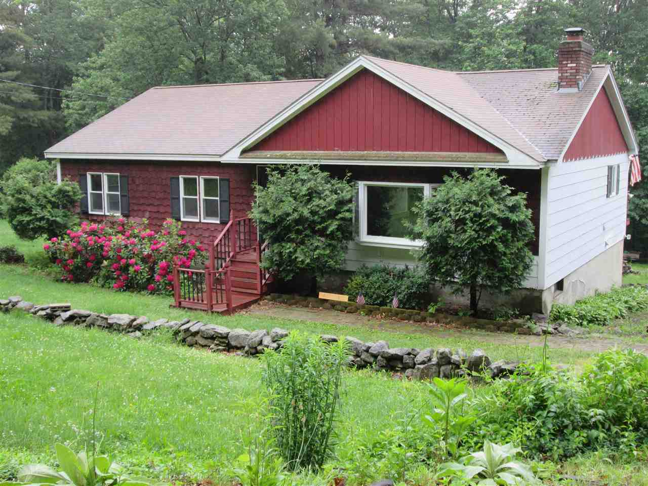 Pelham NH Home for sale $List Price is $298,000