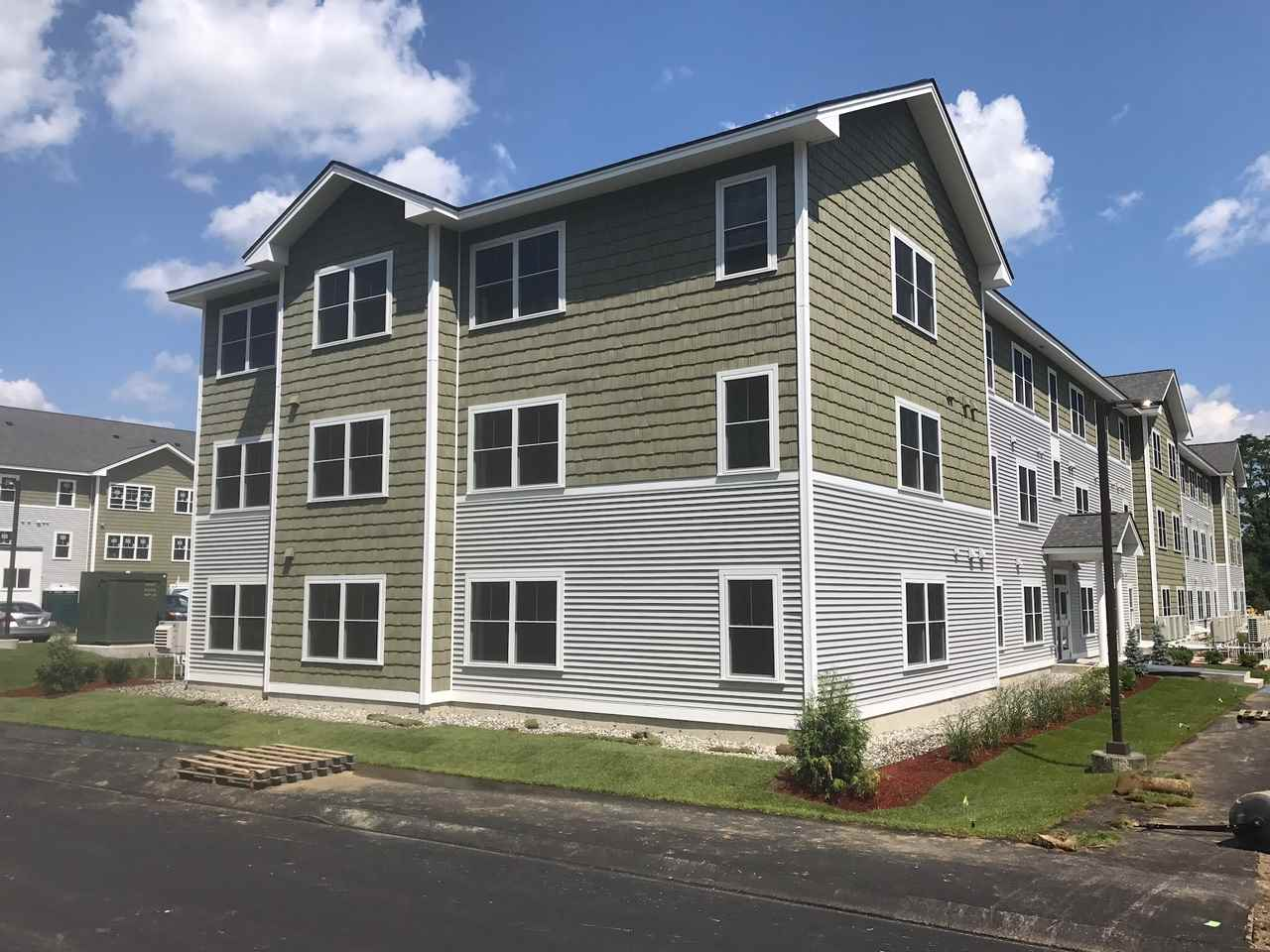 MILFORD NH Apartment for rent $Apartment For Lease: $1,599 with Lease Term