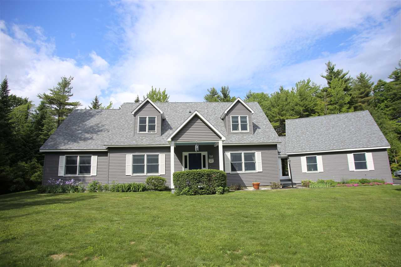 NEW LONDON NH Home for sale $$420,000 | $181 per sq.ft.