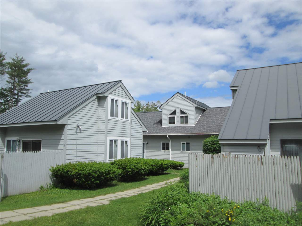 ENFIELD NH Condo for sale $$110,000 | $118 per sq.ft.