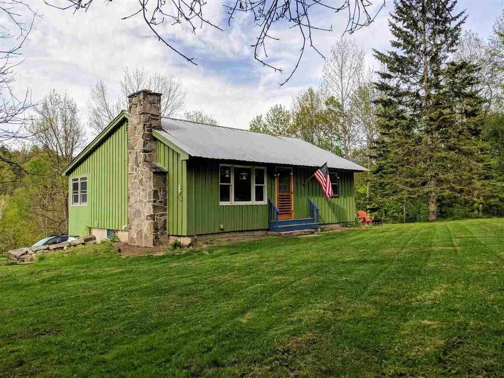 THETFORD VT Home for sale $$148,500 | $145 per sq.ft.