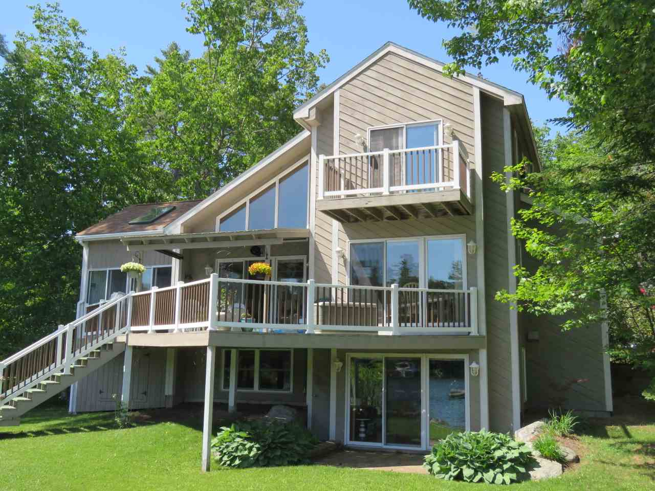 MOULTONBOROUGH NH  Home for sale $1,199,000