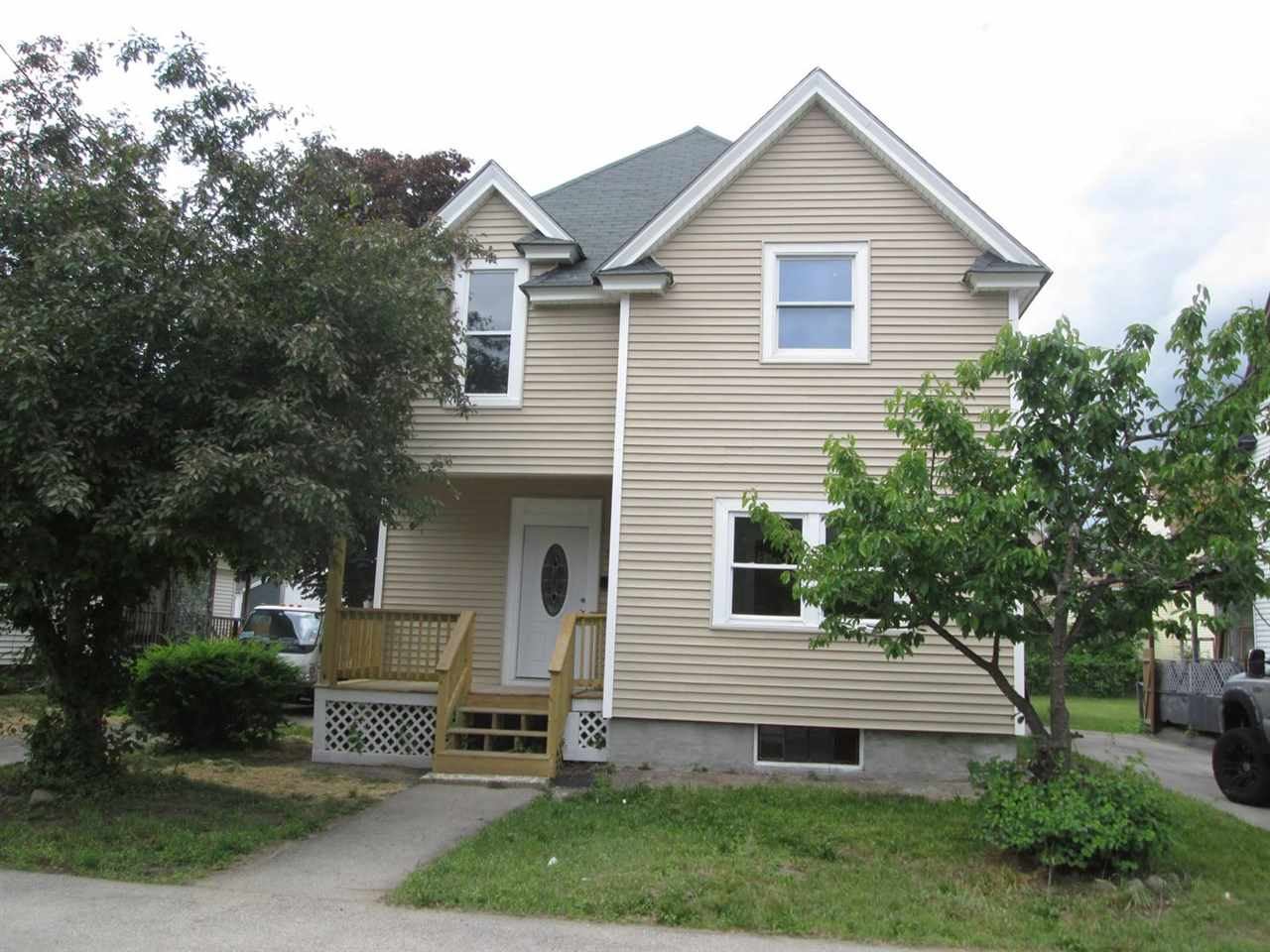 MANCHESTER NH Home for sale $$219,900 | $142 per sq.ft.