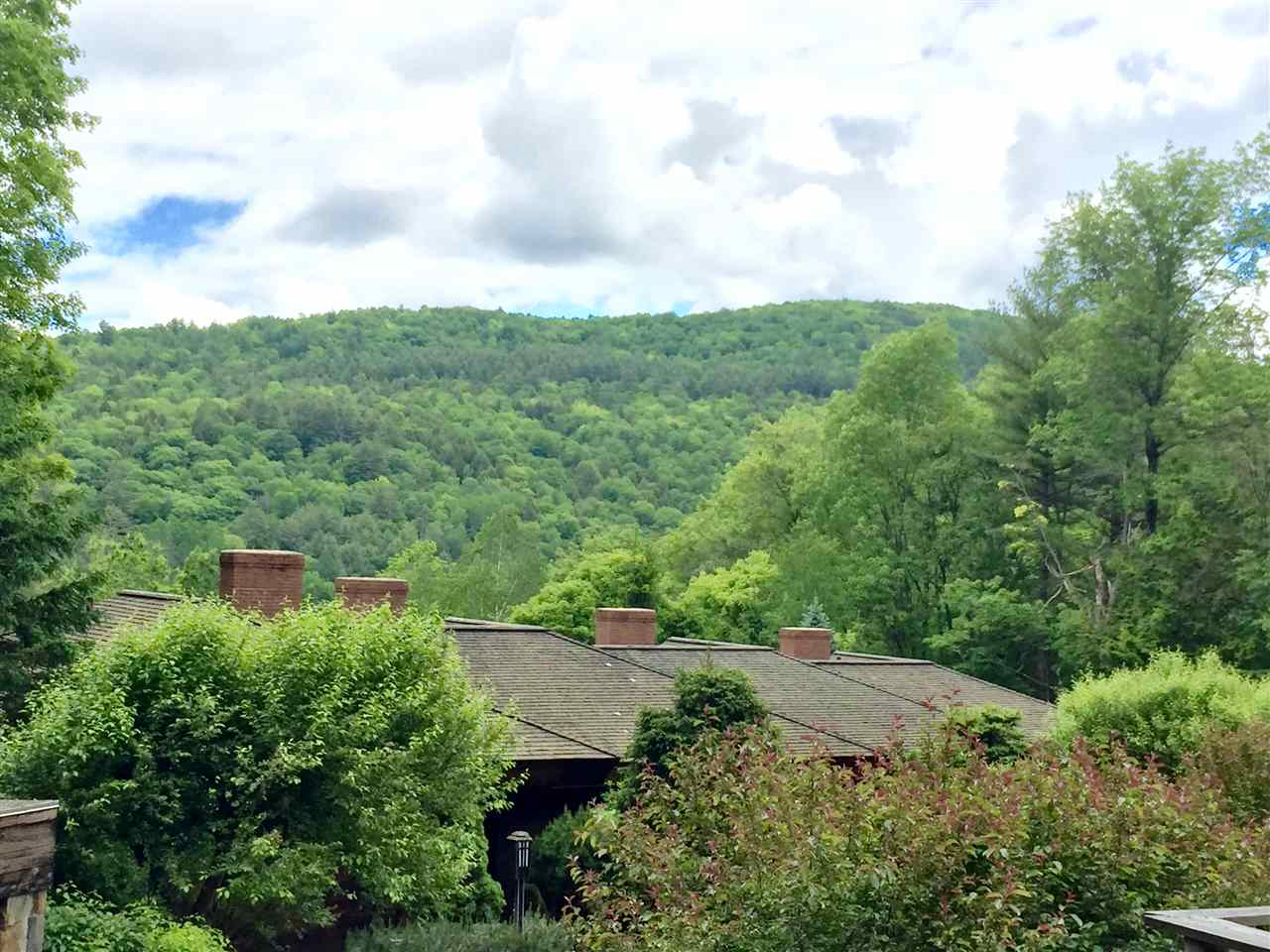 WOODSTOCK VT Condo for sale $$398,000 | $152 per sq.ft.