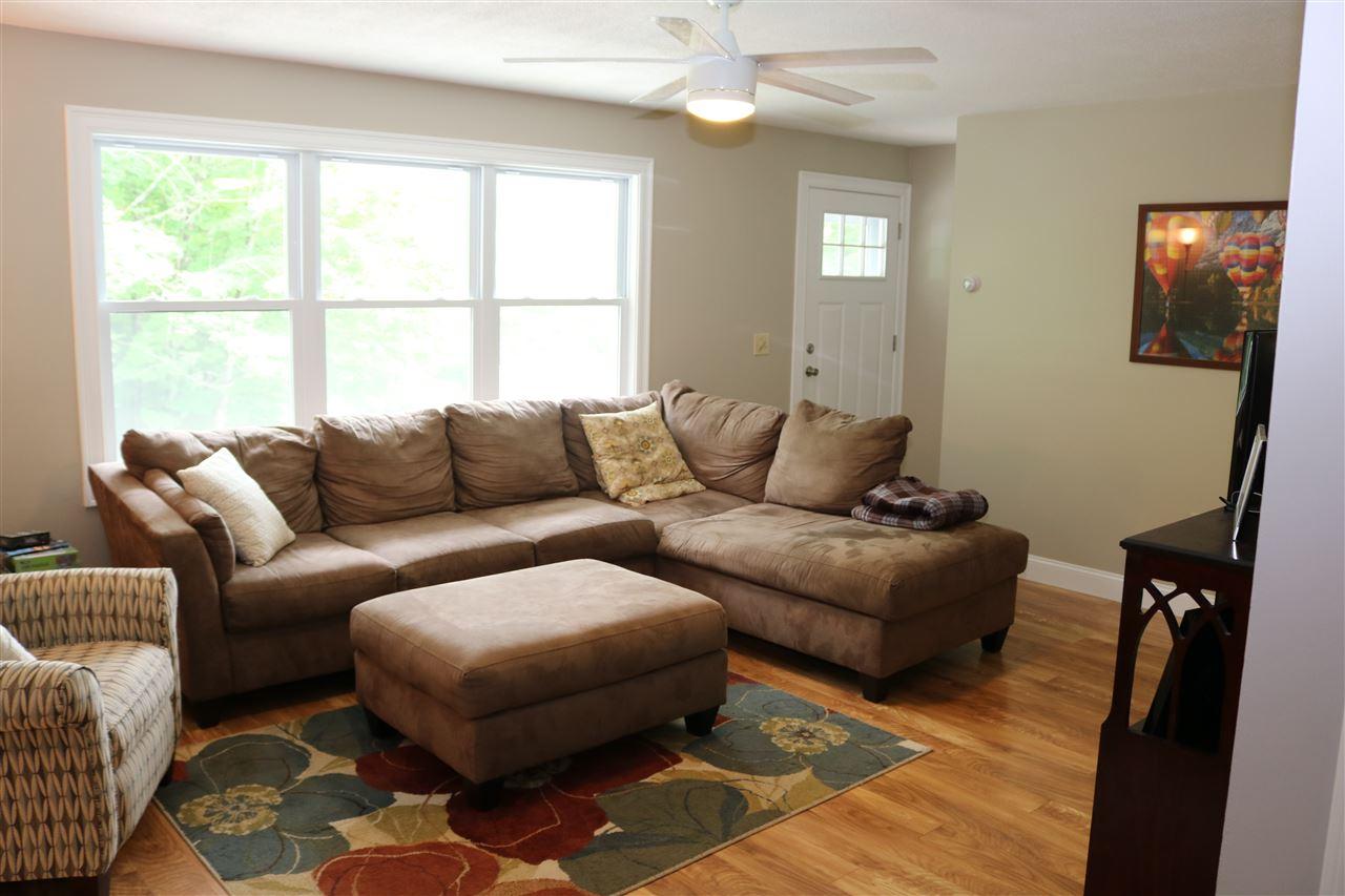 Living Room 12087506