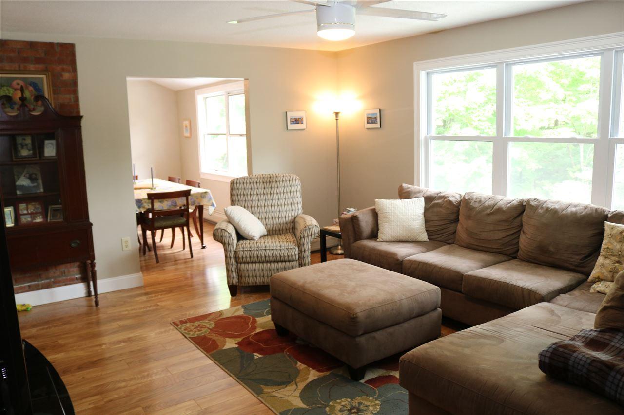 Living Room 12087496