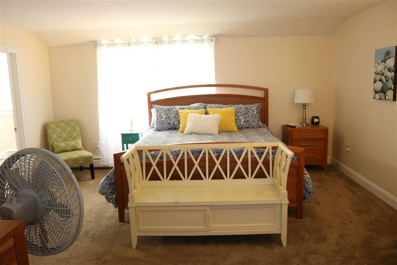 Master bedroom suite 12087534